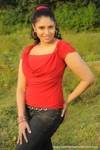 Manmadha Rajiyammovie photos stills gallery